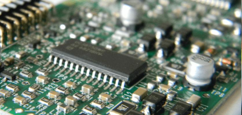 Assemblaggio di schede elettroniche con nuova tecnologia