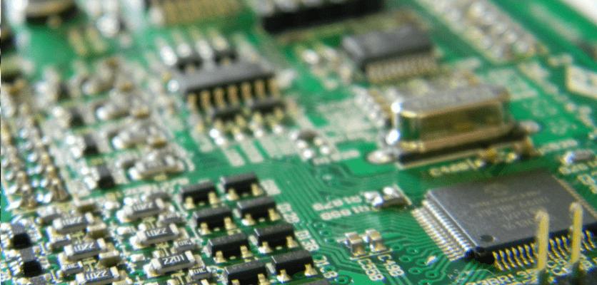 Scheda elettronica con substrato di alluminio